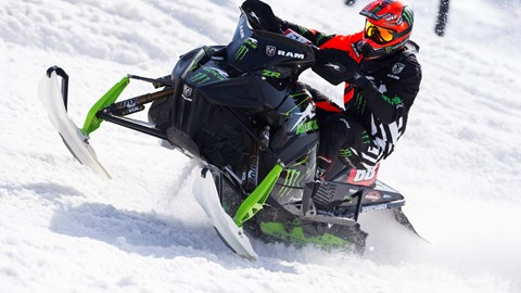 Tucker Hibbert 2018 Iowa Snocross National Video